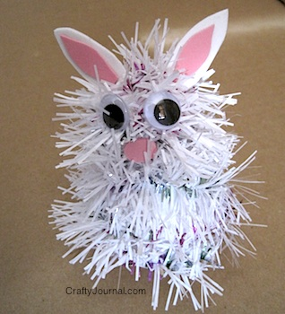 Garland Bunny @ Crafty Journal