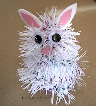 Garland Bunny - Crafty Journal