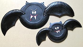 paper plate vampire bat