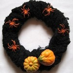 pumpkin-spider-wreath-270x284