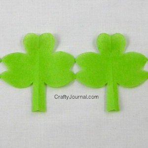 shamrock-paper-chain6w-300x300
