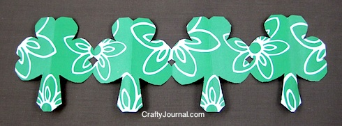 shamrock-paper-chain8w-490x181