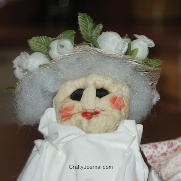 Crafty Journal - Apple Dolls