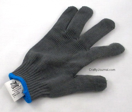 Kevlar Glove Protects Hands