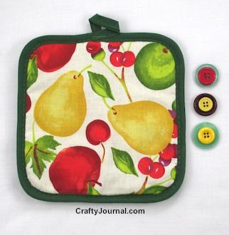 Hot Pad Scissor Holder by Crafty Journal