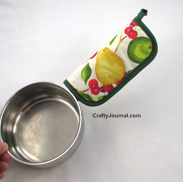 Pot Handle Hot Pad Grip by Crafty Journal