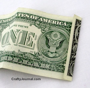 Dollar Bill Turkey by Crafty Journal