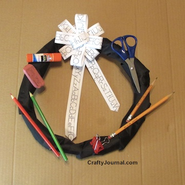 Back to School Wreath Using a Paper Bag by Crafty Journal