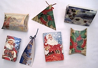 How to make a gift box from christmas cards