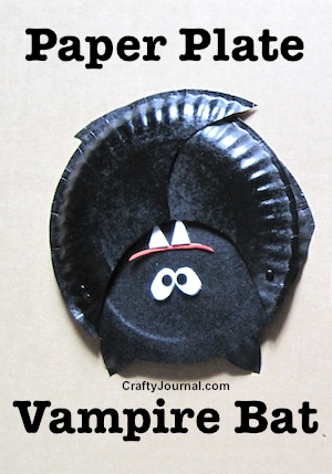 Paper Plate Vampire Bats by Crafty Journal