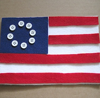 Patriotic Busy Bag by Crafty Journal