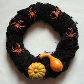 Crafty Journal - Arachnopobia Wreath