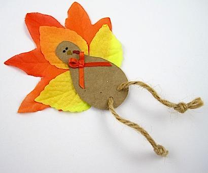 Crafty Journal - Fall Leaf Turkey Magnet