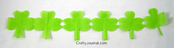 Shamrock Paper Chain - Crafty Journal