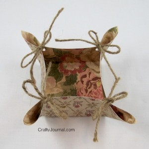 Crafty Journal - Pretty Paper Basket