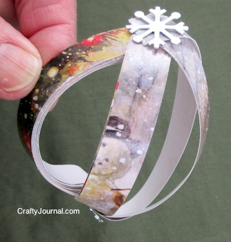 Recycled Christmas Card Ornament by Crafty Journal