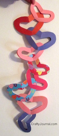 No Glue Heart Chain - Crafty Journal