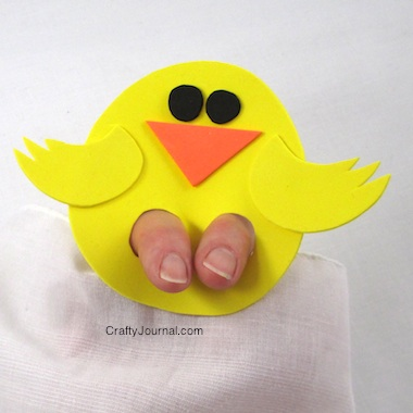 Kicky Chickie Finger Puppet - Crafty Journal