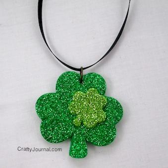 Sparkly Shamrock Necklace - Crafty Journal
