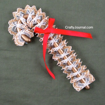 Lacy Candy Canes - Crafty Journal