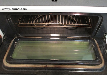 Easy Way to Clean Your Oven Without Scrubbing by Crafty Journal