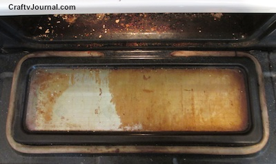 Easy Way to Clean Your Oven Without Scrubbing - Crafty Journal