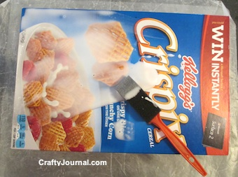 Recycled Cereal Box Gift Bag by Crafty Journal