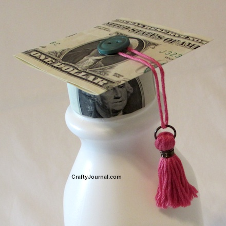 Graduation Pop Up Card: 3D Cap Tutorial | Decoración de fiesta ... | 440x440