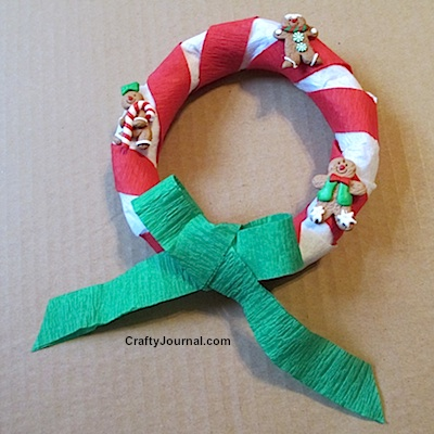 Gingerbread Man Wreath from a Brown Paper Bag by Crafty Journal