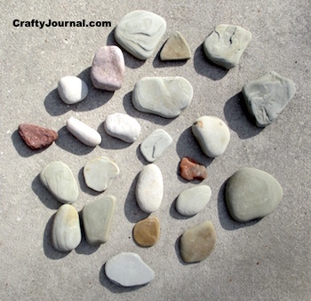 Rock Pattern Weights by Crafty Journal